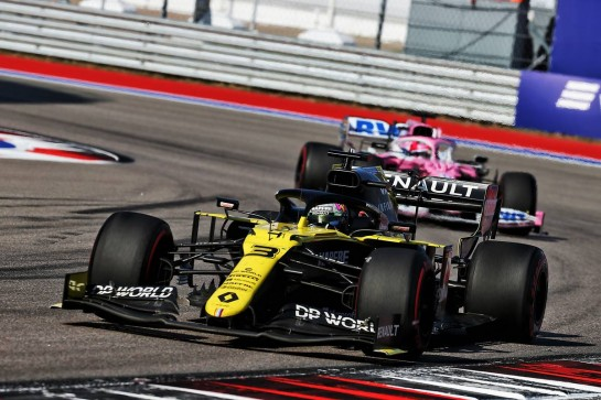 Daniel Ricciardo (AUS) Renault F1 Team RS20. 27.09.2020. Formula 1 World Championship, Rd 10, Russian Grand Prix, Sochi Autodrom, Sochi, Russia, Race Day. - www.xpbimages.com, EMail: requests@xpbimages.com © Copyright: Batchelor / XPB Images