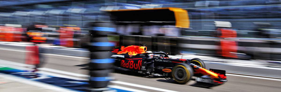 Max Verstappen (NLD) Red Bull Racing RB16. 27.09.2020.