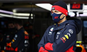Brundle: Albon confidence 'broken' by Verstappen