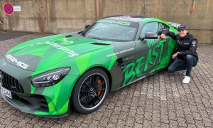 Russell tames 'the beast' on the Nordschleife