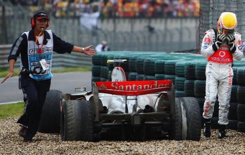 When Hamilton buried his title hopes in the gravel