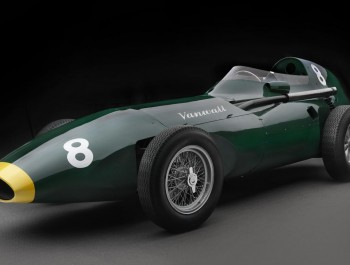 Vanwall goes back to the future with 1958 F1 recreation