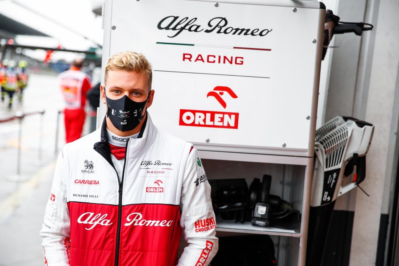 Bad weather prevents Mick Schumacher's Formula One debut