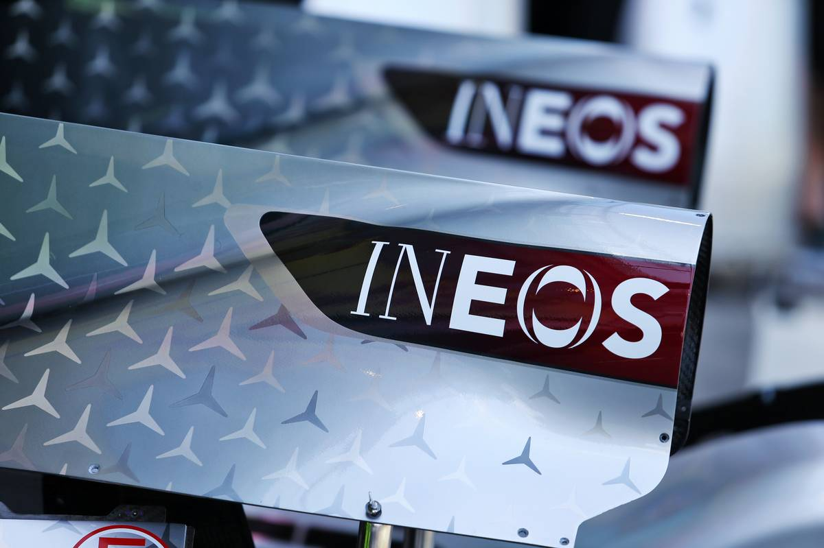 1 engine cover - Ineos branding.