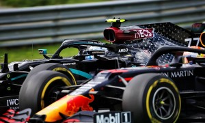 Mercedes firmly rejects supplying engines to Red Bull