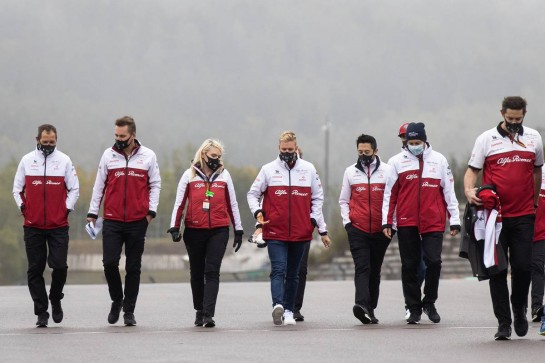 Mick Schumacher (GER) Alfa Romeo Racing Test Driver walks the circuit with the team. 08.10.2020. Formula 1 World Championship, Rd 11, Eifel Grand Prix, Nurbugring, Germany, Preparation Day. - www.xpbimages.com, EMail: requests@xpbimages.com © Copyright: Bearne / XPB Images