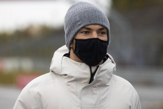 Pierre Gasly (FRA) AlphaTauri walks the circuit with the team. 08.10.2020. Formula 1 World Championship, Rd 11, Eifel Grand Prix, Nurbugring, Germany, Preparation Day. - www.xpbimages.com, EMail: requests@xpbimages.com © Copyright: Bearne / XPB Images