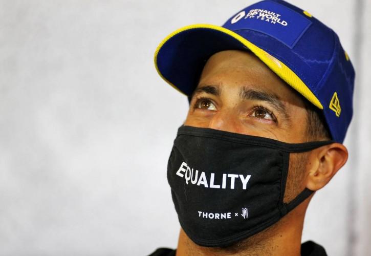 Daniel Ricciardo (AUS) Renault F1 Team in the FIA Press Conference. 08.10.2020.