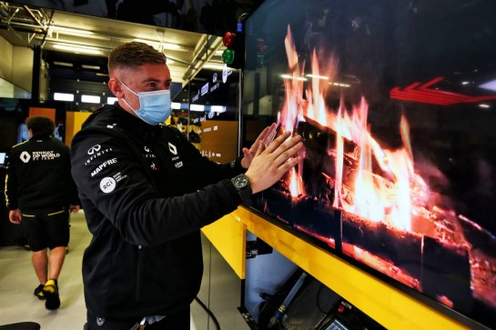 Renault F1 Team - virtual fireplace in the pit garage.
