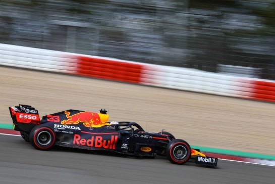 Max Verstappen (NLD), Red Bull Racing 10.10.2020. Formula 1 World Championship, Rd 11, Eifel Grand Prix, Nurbugring, Germany, Qualifying Day.- www.xpbimages.com, EMail: requests@xpbimages.com © Copyright: Charniaux / XPB Images