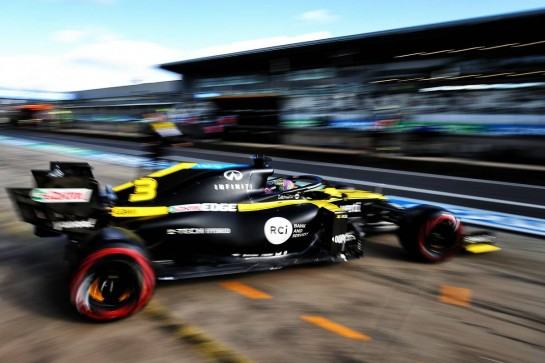 Daniel Ricciardo (AUS) Renault F1 Team RS20. 10.10.2020. Formula 1 World Championship, Rd 11, Eifel Grand Prix, Nurbugring, Germany, Qualifying Day. - www.xpbimages.com, EMail: requests@xpbimages.com © Copyright: Moy / XPB Images