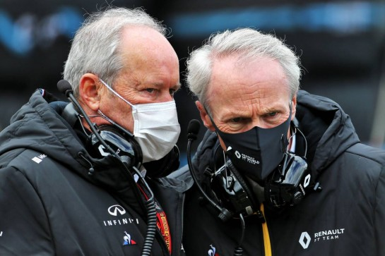 (L to R): Jerome Stoll (FRA) Renault Sport F1 President with Jean-Dominique Senard (FRA) Renault Chairman on the grid. 11.10.2020. Formula 1 World Championship, Rd 11, Eifel Grand Prix, Nurbugring, Germany, Race Day. - www.xpbimages.com, EMail: requests@xpbimages.com © Copyright: Charniaux / XPB Images