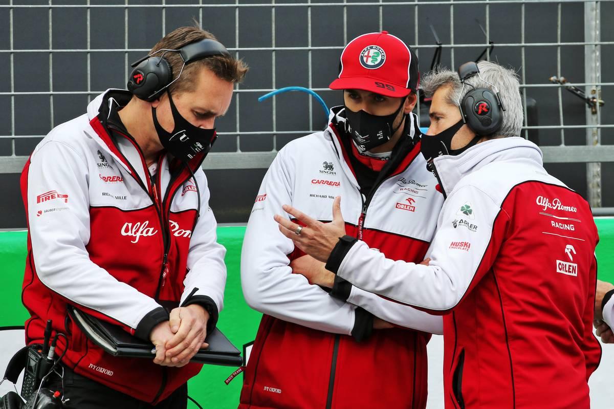 Antonio Giovinazzi (ITA) Alfa Romeo Racing on the grid.