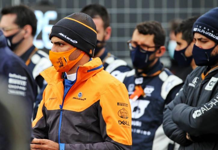 Carlos Sainz Jr (ESP) McLaren on the grid.