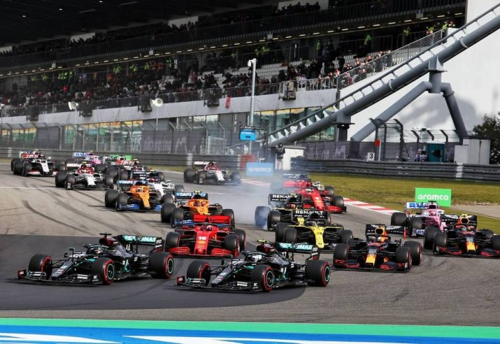 F1 teams presented with 23-race calendar for 2021