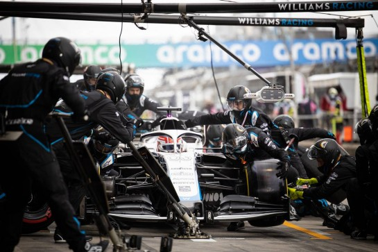 George Russell (GBR) Williams Racing FW43 makes a pit stop. 11.10.2020. Formula 1 World Championship, Rd 11, Eifel Grand Prix, Nurbugring, Germany, Race Day. - www.xpbimages.com, EMail: requests@xpbimages.com © Copyright: Bearne / XPB Images