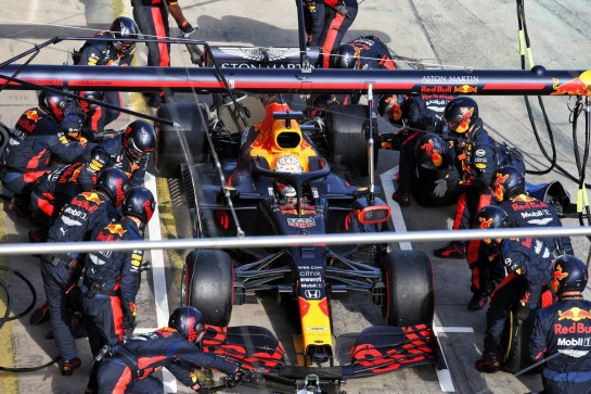 Max Verstappen (NLD) Red Bull Racing RB16 makes a pit stop. 11.10.2020. Formula 1 World Championship, Rd 11, Eifel Grand Prix, Nurbugring, Germany, Race Day. - www.xpbimages.com, EMail: requests@xpbimages.com © Copyright: Moy / XPB Images