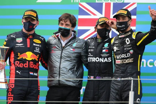 Max Verstappen (NLD), Red Bull Racing, Lewis Hamilton (GBR), Mercedes AMG F1  and Daniel Ricciardo (AUS), Renault F1 Team 11.10.2020. Formula 1 World Championship, Rd 11, Eifel Grand Prix, Nurbugring, Germany, Race Day.- www.xpbimages.com, EMail: requests@xpbimages.com © Copyright: Charniaux / XPB Images
