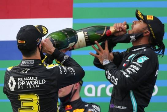 Daniel Ricciardo (AUS), Renault F1 Team 11.10.2020. Formula 1 World Championship, Rd 11, Eifel Grand Prix, Nurbugring, Germany, Race Day.- www.xpbimages.com, EMail: requests@xpbimages.com © Copyright: Charniaux / XPB Images