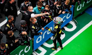 Daniel Ricciardo (AUS) Renault F1 Team celebrates his third position with the team in parc ferme.