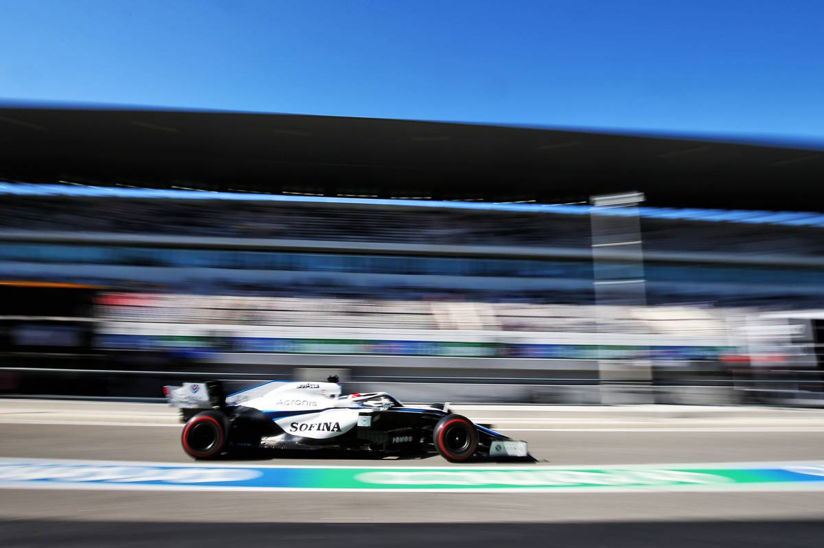 George Russell (GBR) Williams Racing FW43.