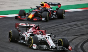 Raikkonen wondered 'what the others were doing' on opening lap