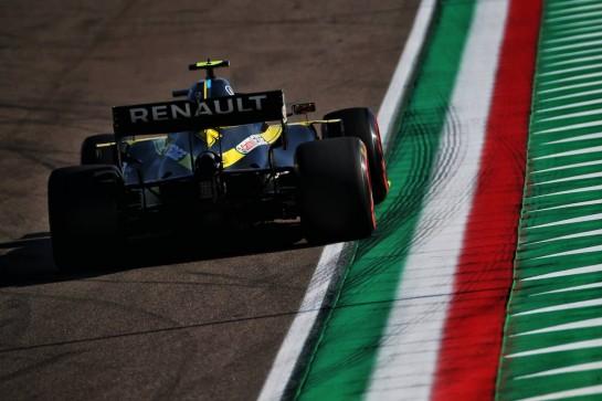 Esteban Ocon (FRA) Renault F1 Team RS20. 31.10.2020. Formula 1 World Championship, Rd 13, Emilia Romagna Grand Prix, Imola, Italy, Qualifying Day. - www.xpbimages.com, EMail: requests@xpbimages.com © Copyright: Batchelor / XPB Images