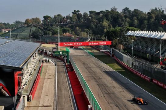 Lando Norris (GBR) McLaren MCL35. 31.10.2020. Formula 1 World Championship, Rd 13, Emilia Romagna Grand Prix, Imola, Italy, Qualifying Day. - www.xpbimages.com, EMail: requests@xpbimages.com © Copyright: Batchelor / XPB Images