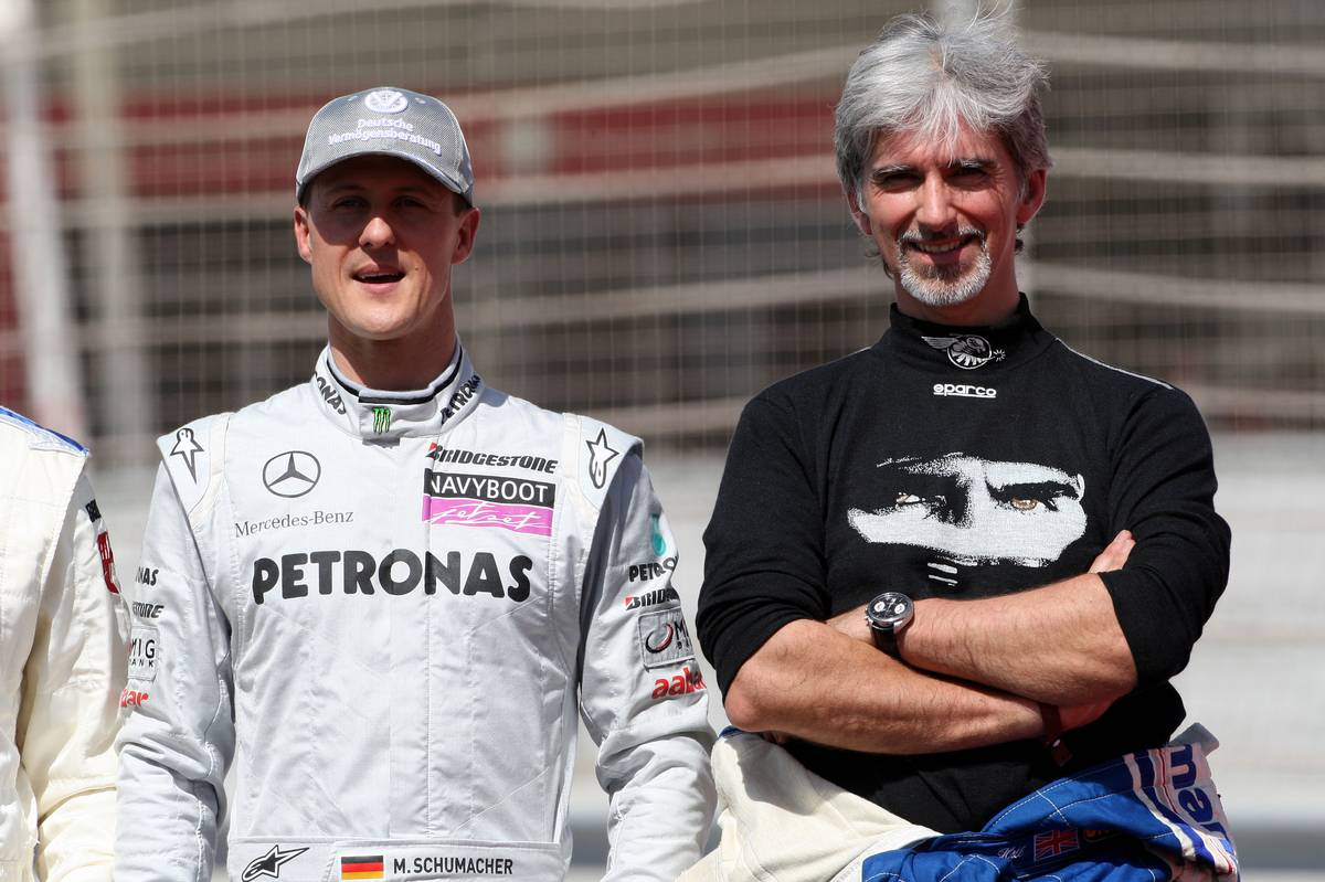 14.03.2010 Sakhir, Bahrain, Michael Schumacher (GER), Mercedes GP Petronas, Damon Hill (GBR), 1996 F1 World Champion