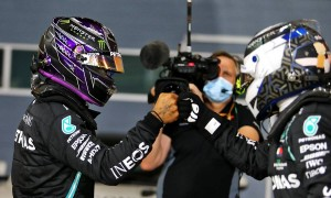 Lewis Hamilton (GBR) Mercedes AMG F1 W11 celebrates his pole position in qualifying parc ferme with team mate Valtteri Bottas (FIN) Mercedes AMG F1. 28.11.2020. Formula 1 World Championship, Rd 15, Bahrain Grand Prix,