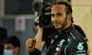 Race winner Lewis Hamilton (GBR) Mercedes AMG F1 celebrates in parc ferme at the end of the race. 29.11.2020. Formula 1 World Championship, Rd 15, Bahrain Grand Prix