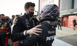 Wolff and Hamilton 'want to continue' on F1 journey