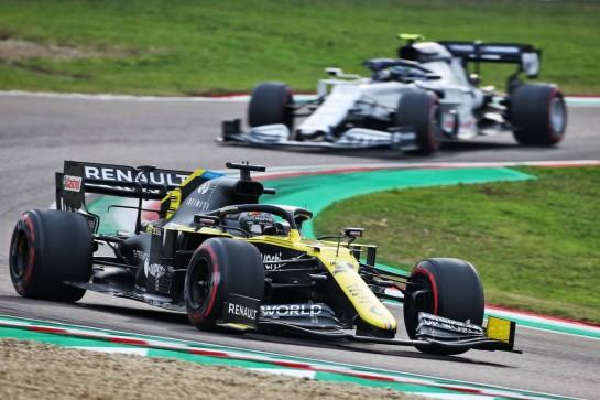 Daniel Ricciardo (AUS) Renault F1 Team RS20. 01.11.2020. Formula 1 World Championship, Rd 13, Emilia Romagna Grand Prix, Imola, Italy, Race Day. - www.xpbimages.com, EMail: requests@xpbimages.com © Copyright: Charniaux / XPB Images