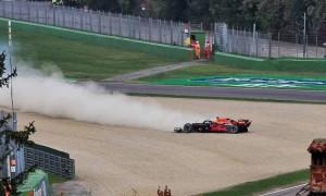 Pirelli suspects debris caused Verstappen tyre failure