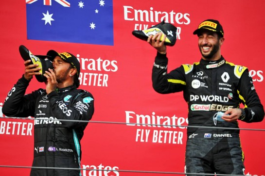 Daniel Ricciardo (AUS) Renault F1 Team celebrates his third position on the podium with race winner Lewis Hamilton (GBR) Mercedes AMG F1. 01.11.2020. Formula 1 World Championship, Rd 13, Emilia Romagna Grand Prix, Imola, Italy, Race Day. - www.xpbimages.com, EMail: requests@xpbimages.com © Copyright: Batchelor / XPB Images