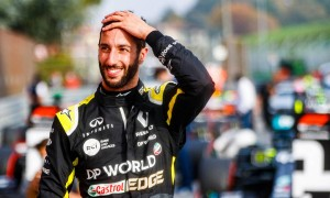 Daniel Ricciardo (AUS) Renault F1 Team celebrates his third position in parc ferme.
