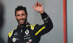 Ricciardo: 'Full beans around there will be awesome'