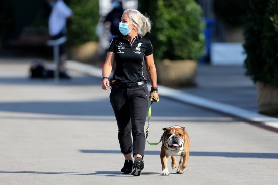 Angela Cullen (NZL) Mercedes AMG F1 Physiotherapist with Roscoe.