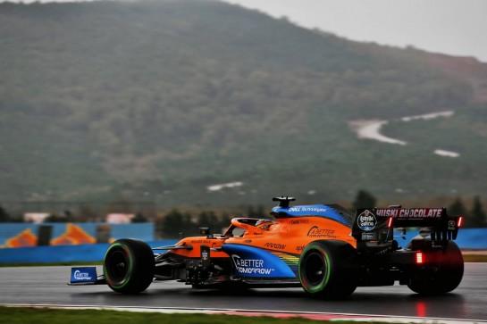 Carlos Sainz Jr (ESP) McLaren MCL35. 14.11.2020. Formula 1 World Championship, Rd 14, Turkish Grand Prix, Istanbul, Turkey, Qualifying Day. - www.xpbimages.com, EMail: requests@xpbimages.com © Copyright: Batchelor / XPB Images