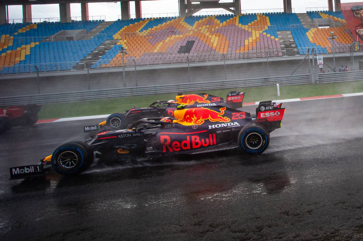 Alexander Albon (THA) Red Bull Racing RB16 and Max Verstappen (NLD) Red Bull Racing RB16 at the start of the race.