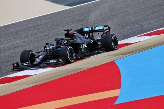 Lewis Hamilton (GBR) Mercedes AMG F1 W11. 27.11.2020. Formula 1 World Championship, Rd 15, Bahrain Grand Prix, Sakhir, Bahrain, Practice Day - www.xpbimages.com, EMail: requests@xpbimages.com © Copyright: Moy / XPB Images
