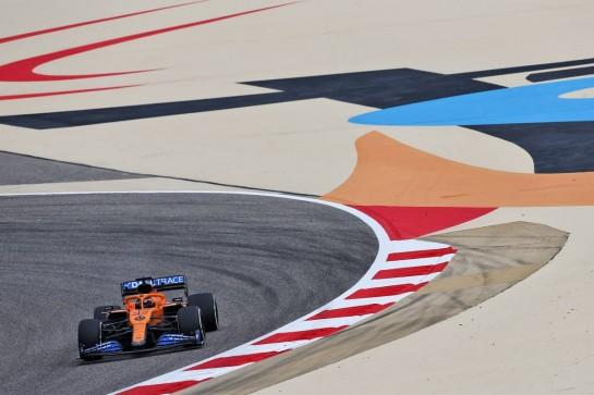 Carlos Sainz Jr (ESP) McLaren MCL35. 27.11.2020. Formula 1 World Championship, Rd 15, Bahrain Grand Prix, Sakhir, Bahrain, Practice Day - www.xpbimages.com, EMail: requests@xpbimages.com © Copyright: Moy / XPB Images