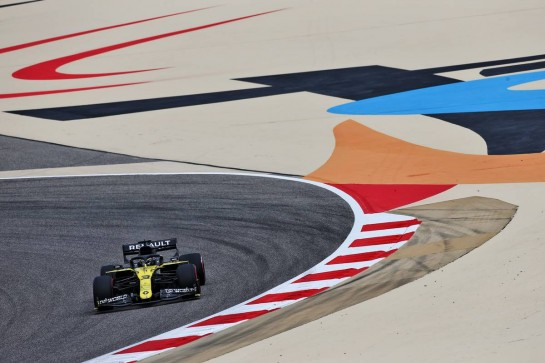Daniel Ricciardo (AUS) Renault F1 Team RS20. 27.11.2020. Formula 1 World Championship, Rd 15, Bahrain Grand Prix, Sakhir, Bahrain, Practice Day - www.xpbimages.com, EMail: requests@xpbimages.com © Copyright: Moy / XPB Images