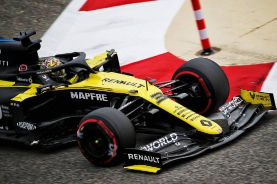 Daniel Ricciardo (AUS) Renault F1 Team RS20. 27.11.2020. Formula 1 World Championship, Rd 15, Bahrain Grand Prix, Sakhir, Bahrain, Practice Day - www.xpbimages.com, EMail: requests@xpbimages.com © Copyright: Batchelor / XPB Images
