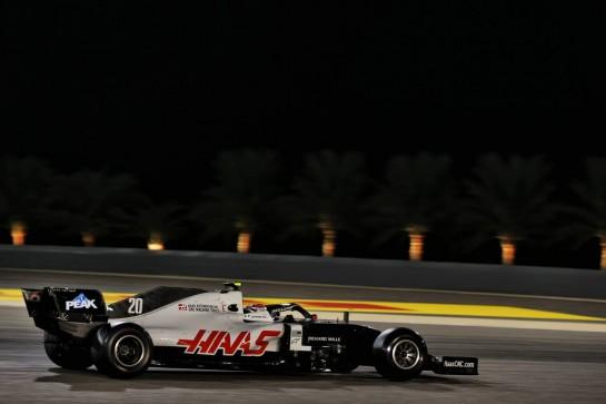 Kevin Magnussen (DEN) Haas VF-20. 27.11.2020. Formula 1 World Championship, Rd 15, Bahrain Grand Prix, Sakhir, Bahrain, Practice Day - www.xpbimages.com, EMail: requests@xpbimages.com © Copyright: Batchelor / XPB Images