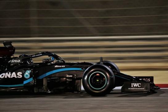 Lewis Hamilton (GBR) Mercedes AMG F1 W11. 27.11.2020. Formula 1 World Championship, Rd 15, Bahrain Grand Prix, Sakhir, Bahrain, Practice Day - www.xpbimages.com, EMail: requests@xpbimages.com © Copyright: Batchelor / XPB Images