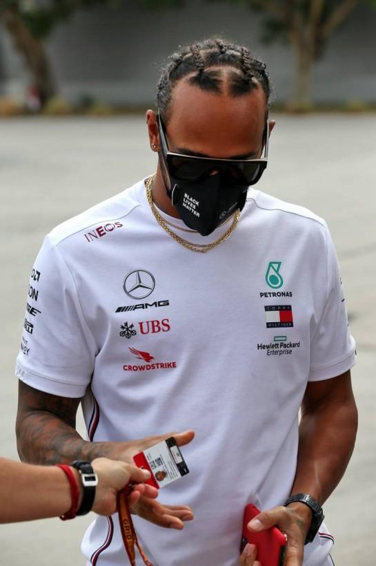 Lewis Hamilton (GBR) Mercedes AMG F1. 28.11.2020. Formula 1 World Championship, Rd 15, Bahrain Grand Prix, Sakhir, Bahrain, Qualifying Day. - www.xpbimages.com, EMail: requests@xpbimages.com © Copyright: Batchelor / XPB Images