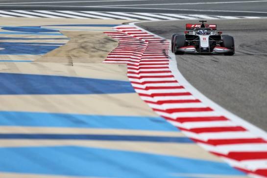 Romain Grosjean (FRA) Haas F1 Team VF-20. 28.11.2020. Formula 1 World Championship, Rd 15, Bahrain Grand Prix, Sakhir, Bahrain, Qualifying Day. - www.xpbimages.com, EMail: requests@xpbimages.com © Copyright: Moy / XPB Images