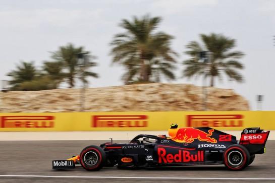 Alexander Albon (THA) Red Bull Racing RB16. 28.11.2020. Formula 1 World Championship, Rd 15, Bahrain Grand Prix, Sakhir, Bahrain, Qualifying Day. - www.xpbimages.com, EMail: requests@xpbimages.com © Copyright: Batchelor / XPB Images