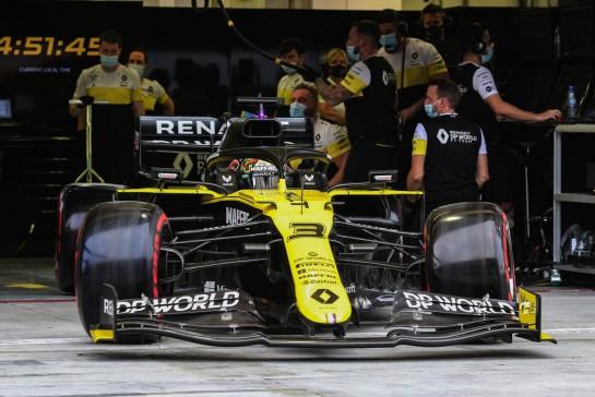 Daniel Ricciardo (AUS) Renault F1 Team RS20. 28.11.2020. Formula 1 World Championship, Rd 15, Bahrain Grand Prix, Sakhir, Bahrain, Qualifying Day. - www.xpbimages.com, EMail: requests@xpbimages.com © Copyright: Charniaux / XPB Images